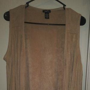 Super soft fringed vest size M